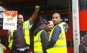 London bus drivers strike over pay